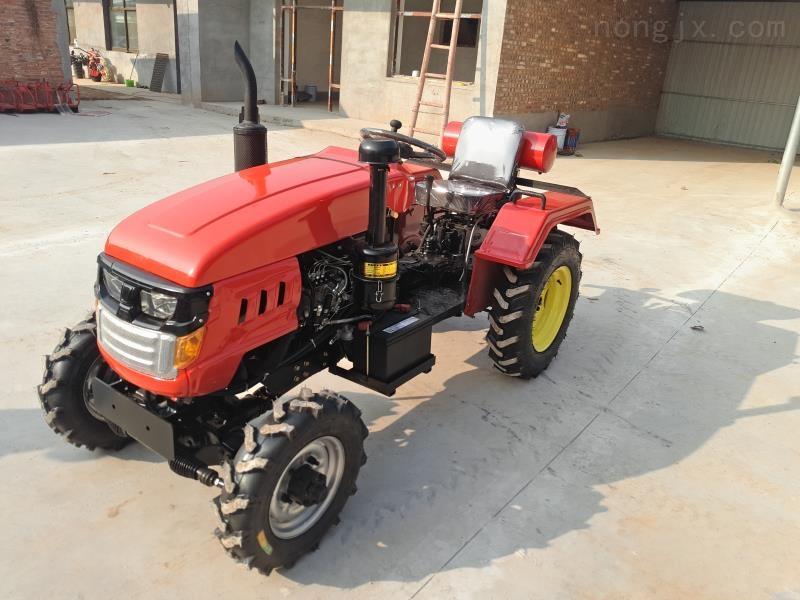 农用四轮拖拉机
