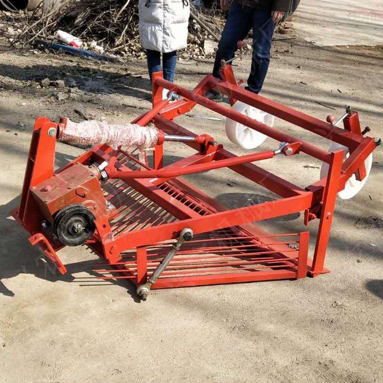 四轮带大蒜收获机 花生土豆收割机