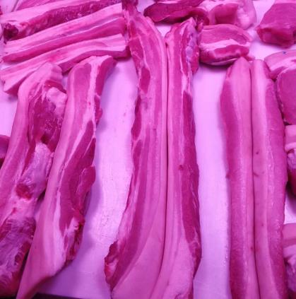 10月份生猪生产形势是怎样的?农业农村部举行例行新闻发布会